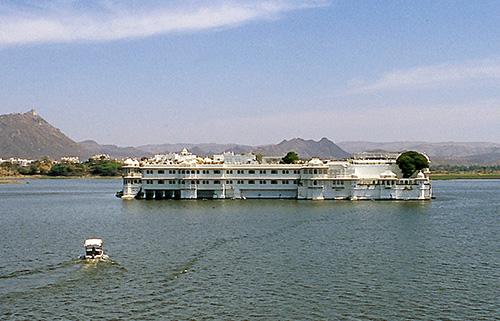 heritage hotels in Udaipur rajasthan